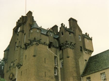 CRATHES CASTLE & GARDENS